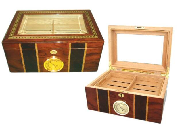 Humidor with glass top