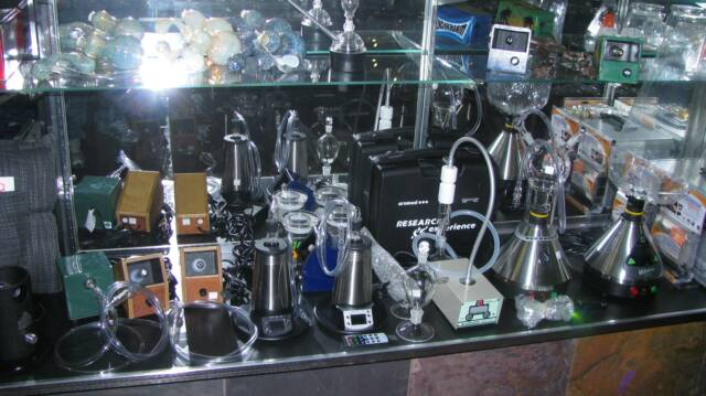 Vaporizers at Puff n Stuff